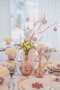 Gorgeous holiday decor with pinks paired with metallics, so fresh! Designed by @Alykhan Velji Designs photographer: Brian Buchsdruecke