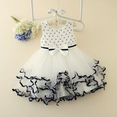 http://babyclothes.fashiongarments.biz/  2017 New arrival Luxury Sweet Girls Children Princess Ball gownDresses Sleeveless Bow Decoration Baby Birthday Party Dresses, http://babyclothes.fashiongarments.biz/products/2017-new-arrival-luxury-sweet-girls-children-princess-ball-gowndresses-sleeveless-bow-decoration-baby-birthday-party-dresses/,  -Material: cotton+polyester -Color: as picture show -Thickness: slim for summer -Fabric Elasticity: Micro-Bomb -Washing methods: do…