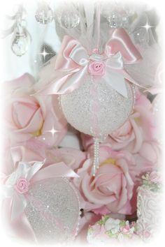 Shabby Sparkling Tree Ornaments