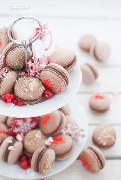 Ay Dios mio! Es que la combinación de chocolate y cacahuete es maravillosa! Disfruto haciendo macarons, ya lo sabéis y no ...