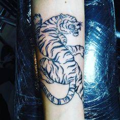 Samui Bamboo Tattoos Ray Prajonkla Tattoo Artist Samui Ink Tattoo Studio Bamboo & Machine  Follow https://instagram.com/x_demonclassic_tattoo_x  https://www.facebook.com/SamuiInk/  #samuitrader #samuitattoo #bambootattoo #samui #kohsamui #kosamui