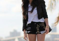 Teen Outfits Tumblr Edgy Fashion Edgy Style inspirations brought to you by www.sleekster.club