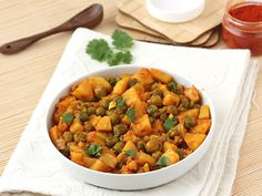 Dry and Spicy Aloo Mutter