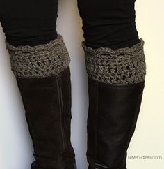 Crocheted-Boot-Cuff-WT