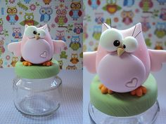 Pote corujinha *-* | Flickr – Condivisione di foto! Polymer Clay Owl, Polymer Clay Animals, Polymer Clay Projects, Fondant Figures, Clay Figures, Owl Crafts, Diy And Crafts, Clay Jar, Clay Ornaments