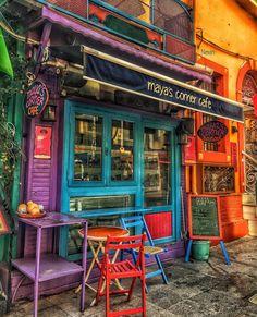 The Colorful Shoppe
