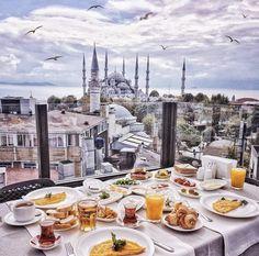 #traveladdict #morning #breakfast #doctorlifestyle #istanbul #me #doctor #doctorlazarescu #drlazarescu #travel #world