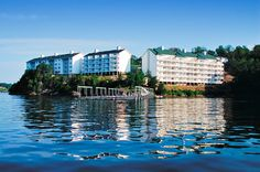 Beautiful Memories from here. Lake of the Ozarks Resort in #OsageBeach, #Missouri. visit: http://www.resortime.com/resorts/profile.asp?resortid=302 #deal #lakeoftheozarks #ozarks #lake