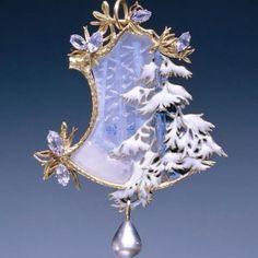 Walking in a winter wonderland with Rene Lalique.   #winter #wonderland #frosty #holiday #snow #snowflake #enamel #pearl #gold #glass #artist #art #jewelry #jewelryartist #jewellry #blue #frost #frozen #ice #ilovejewelry #vintage #stunning #gemstone #gem