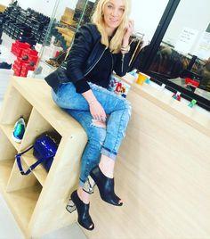 115!!!!! Натуральная кожа  #rimini #mondopellerimini #mondopelle #beauty #luxury #luxurylifestyle #luxurious #shoe #sexy #swag #shoes #shopping #shoppingonline #shoppingitalia  #shoppingrimini #blue #madeinitaly #life #love #fashion #forever #fun #girl #шоппинг #шоппингримини #шоппингвиталии #шоппингонлайн #обувь #обувьназаказ #магазин by mondopelle