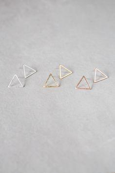 Triángulo contorno pendientes - 010600006-010600008