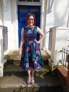But it can't be from Dolly Clackett. She gave me an Easter egg!   Emery bodice with my self-drafted circle skirt.
