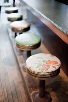 Darling counter stools!