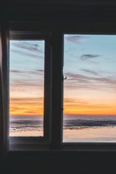 Obtenez un devis gratuit pour refaire vos fenêtres et portes !  À l'heure de choisir ses portes et ses fenêtres, différentes questions doivent se poser : quelle matière choisir ? Quel type de vitrage ? Comment optimiser l'ensoleillement naturel ? Quel type d'ouverture privilégier ?   Trouvez le pro de vos rêves pour refaire la menuiserie de votre habitat !#fenêtre #menuiserie
