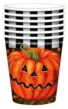 10 halloween pompoen bekertjes bedrukt met (uiteraard) lekkere enge halloween pompoenen. Deze bekertjes zijn leuk voor een Halloween feestje of een griezelfeestje. De bekertjes hebben een inhoud van 25cl en zijn van karton gemaakt.