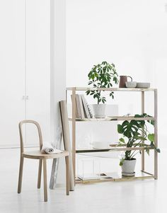The Botanic Shelf – A multifunctional piece of furniture for your plants by Pinja Rouger and Riikka Kantinkoski. Oak frame with variable brass sheet shelves Furniture For You, Furniture Design, Wooden Furniture, Interior Styling, Interior Design, Regal Design, Plant Shelves, Shelf Design, Home Decor Inspiration