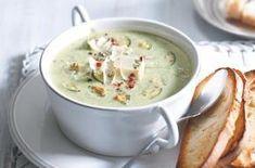 44 nej receptů s cuketami Soup Recipes, Diet Recipes, Vegetarian Recipes, Quinoa Enchilada Casserole, Healthy Cooking, Healthy Eating, Modern Food, Italy Food, Food 52