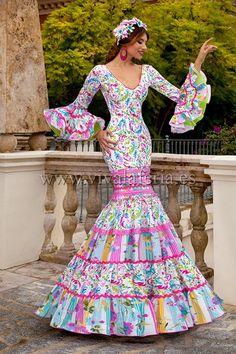N/A Flamenco Costume, Flamenco Dancers, African Wear, African Fashion Dresses, Ethnic Fashion, Formal Dresses, Wedding Dresses, Plus Size Fashion, Beautiful Dresses