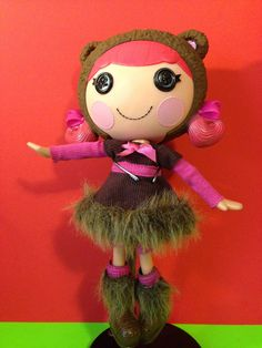 Lalaloopsy Dolls.            http://stores.ebay.com/Old-Crows-Treasures-24-7?_rdc=1