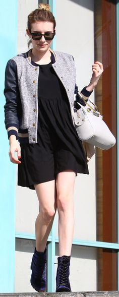 Thinking Emma Roberts's ridiculously comfortable outfit would be perfect for the weekend...