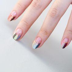 . 🎪✨ . . #nails