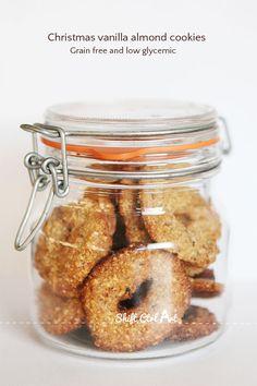 Paleo Christmas Vanilla Almond cookies 1