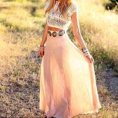 maxi skirt with concha belt