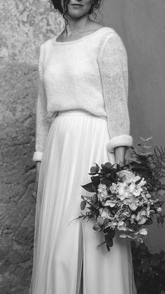 Individualisierbare Zweiteiler für deine Hochzeit. Brautoutfits aus hochwertiger Spitze und Seide im romantischen Boho- und Vintage Style. 100% handgefertigt in den Tiroler Bergen.#braut2020 #Wedding #Brautmode #lowwaste #handwerk #handgefertigt #individualisierbar #designer #bridal2020 #atelier #österreich #EINkleidfürimmer  Fotografin: madeleine.gabl