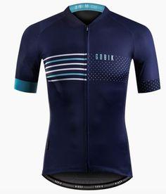 Mix tussen dit shirt en het Rapha Shirt nek celeste, mouw celeste, logo op het hart. Tekst in de nek: Bike - Love - Coffee (?)