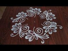 Simple Rangoli Border Designs, Easy Rangoli Designs Diwali, Rangoli Designs Latest, Rangoli Designs Flower, Rangoli Patterns, Rangoli Designs With Dots, Rangoli With Dots, Beautiful Rangoli Designs, Small Free Hand Rangoli