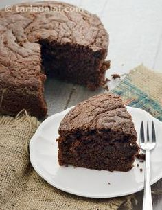 If+you+love+the+heady+aroma+of+warm,+freshly-baked+cakes,+then+this+Eggless+Chocolate+Cake+Using+Curds+is+one+of+the+first+things+you+should+try…
