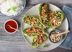 LUN THAILANDSK KYLLINGSALAT – LAAB GAI | TRINES MATBLOGG Avocado Toast, Tacos, Breakfast, Ethnic Recipes, Food, Morning Coffee, Essen, Meals, Yemek