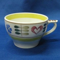 Pirtti coffee cup. Manufactured in 1955-1970 by Arabia of Finland.