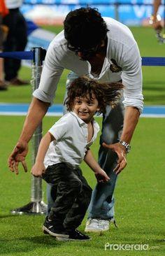 File Photo: Shah Rukh Khan with AbRam - 16 May 2016 Eden Gardens, Kolkata