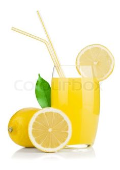 Drink Lemon For Weight Loss - Add freshly squeezed lemon juice to water. DO NOT add sugar because this will totally defeat the purpose. However, you can add a - 1 teaspoon of honey. Honey has many health and medicinal benefits. juicing for weightloss Water For Health, Juicing For Health, Weight Loss Drinks, Weight Loss Smoothies, Detox Drinks, Healthy Drinks, Healthy Weight, Get Healthy, Healthy Food