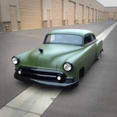 Olive drab Chevy sedan with blacked out trim.Very subtle. Muscle Cars, Hot Rods, Convertible, Lead Sled, Sweet Cars, Us Cars, Custom Cars, Cars And Motorcycles, Vintage Cars