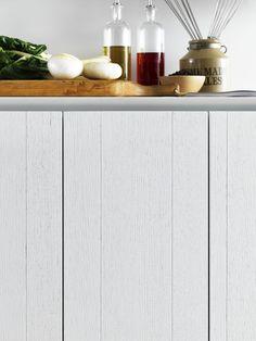 Zampieri - #Y kitchen. A detail of white lacquered vintage oak finish.