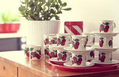 Arabia, Kirsikka, designer Inekeri Seppala Scandinavian Design, Finland, Tea Cups, Mugs, Retro, Tableware, Nostalgia, Vintage, Dinnerware