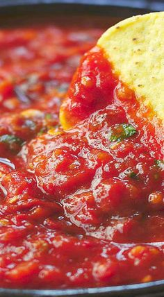 Spicy Roasted Tomato Chipotle Salsa