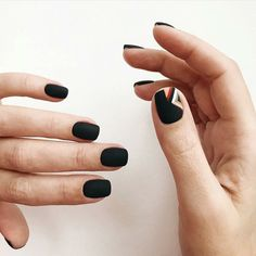 Image about style in nails💅 by ana on We Heart It Get Nails, Fancy Nails, Love Nails, Pretty Nails, Hair And Nails, Gorgeous Nails, Popular Nail Colors, Popular Nail Art, Minimalist Nails