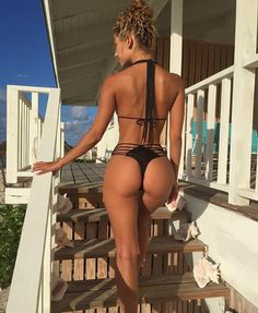 SHAPELY TANNED GODDESS BODY of sexy #Fitness model : Health, Exercise & #Fitspo - the best #Inspirational & #Motivational Pins by: http://cagecult.com/mma