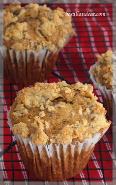 "Pumpkin Crumble Muffins ""cuz it's that time of year again!  Super easy to whip up for your Thanksgiving weekend crowd (Canadian OR American!) Click the Pic and don't forget to sign up for weekly recipes"