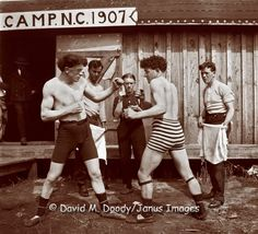 bare knuckle boxing with sock suspenders 1907 in North Carolina. Boxing Training, Boxing Workout, Bare Knuckle Boxing, Boxing History, Boxing Quotes, Mma Boxing, Man Photography, Tough Guy, Mixed Martial Arts