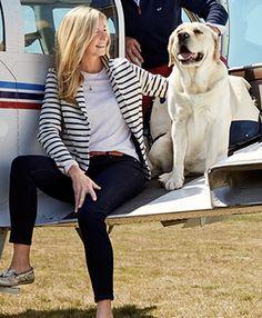 dark skinny jeans + white tee + striped knit blazer + gold boat shoes