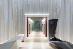 SOLO WEST, Frankfurt. Проект Ippolito Fleitz Group – Identity Architects, Поверхности.