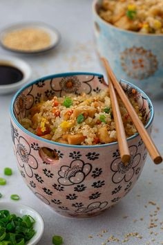 This chicken fried rice recipe tastes just like the one served at Benihana! Chewy and delicious, it is easy to make at home, no special tricks required! Benihana Fried Rice, Garlic Fried Rice, Rice Recipes, Chicken Recipes, Dinner Recipes, Cooking Recipes, Copycat Recipes, Chewy Chicken, Fried Chicken Nuggets