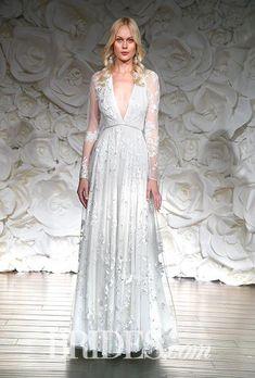 ac3f08448 Brides.com  .