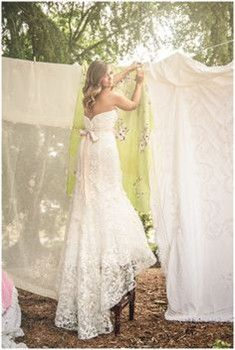 wedding gown wedding gowns. I love this!!!! It would have to be made modest though :)