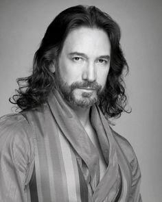 Marco Antonio Solís (El Buki)