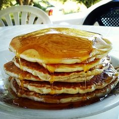 pancakes-τηγανιτες Pancakes, Brunch, Food And Drink, Sweets, Baking, Breakfast, Desserts, Recipes, Paradise